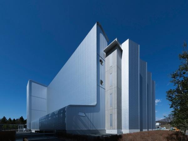 IDCフロンティア、白河データセンターの5号棟が竣工、クラウドサービスの増強および高負荷・大規模の ...